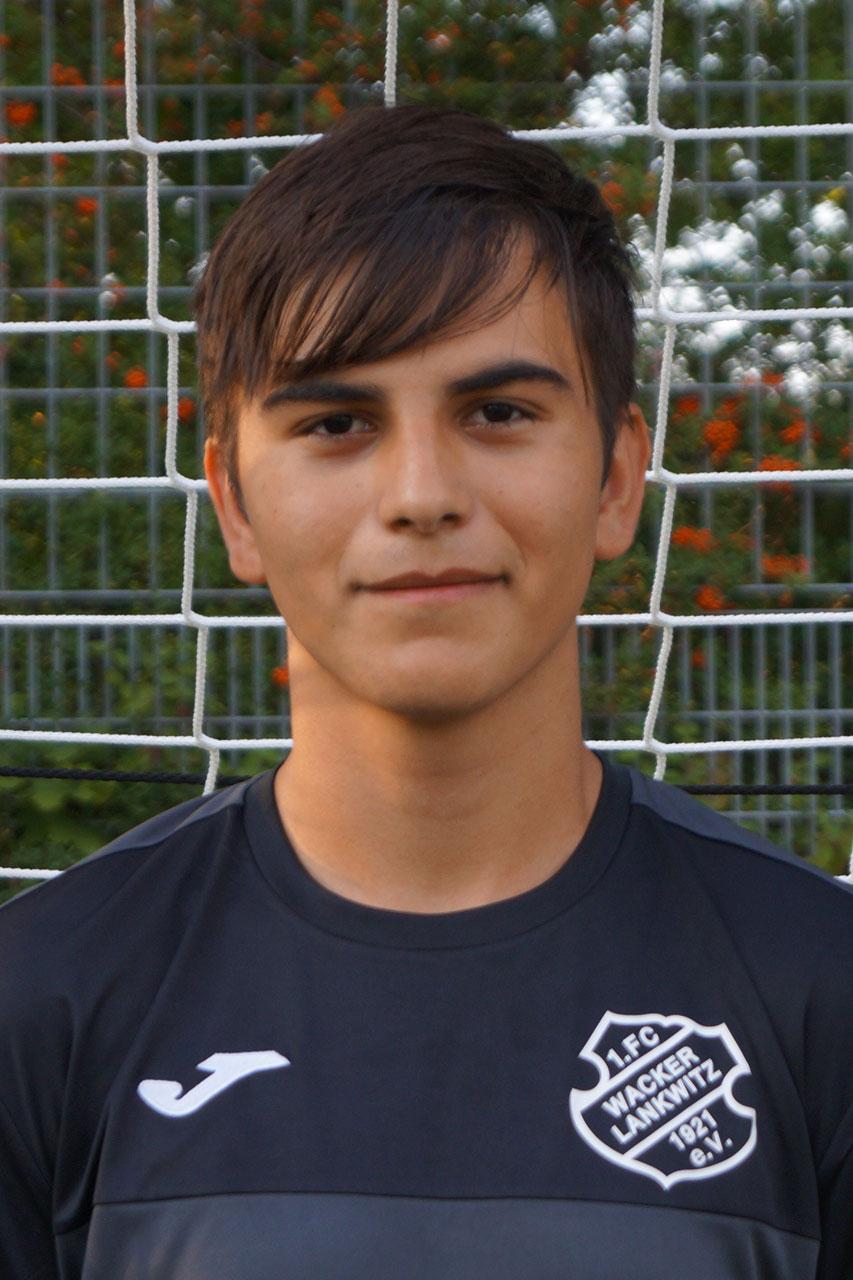 Adriano-Dressel-Garcia-Portrait